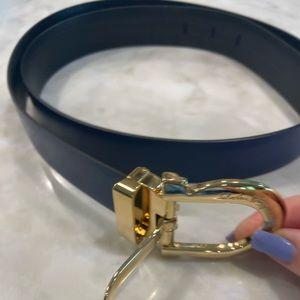 Salvatore Ferragamo NWOT reversible belt size 100.
